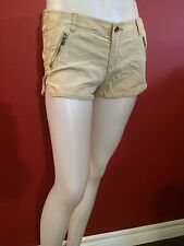 HOLLISTER Women's Khaki Low Rise Mini Shorts - Juniors Size 1 (w25) - NWT