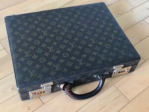 Original Vintage Louis Vuitton Presidents / Diplomat Briefcase