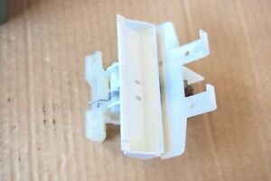 White Ariston door closure Dishwasher C00048970 J00107146 482000026690