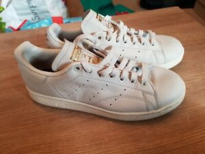 Adidas Stan Smiths uk size 5 white and off white top eu 38 unisex men or women