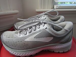 BROOKS GHOST 10 WOMEN'S RUNNING SHOES SIZE 6B