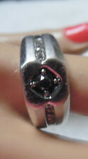 P4SR  RING W, BLACK DIAMON ON TOP AND WHITE DIAMONDS ON SIDES S-10