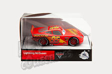 Disney Store CARS 3 Lightning Mcqueen Die Cast Collectible Diecast 1:43 Scale