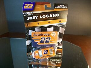 Joey Logano #22 Autotrader Wave 4 2018 Ford Fusion Authentics 1:64