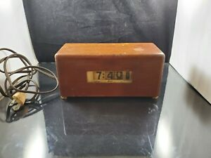 WORKS Lawson Electric Clock Style 219 Mid Century Mod Wood Rolling Numbers P40