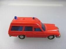 Wiking: mercedes Benz 200/8er binz bomberos, gesupert (pkw26)