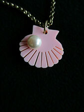 TATTY DEVINE SHELL PEARL NECKLACE