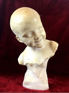 BUST OF CHILD. CARVED MARBLE. SIGNED F. VICHI FIRENZE. ITALY. CIRCA 1900.