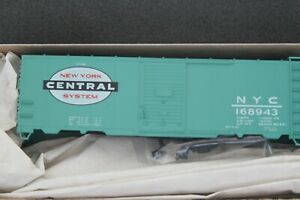 Accurail HO scale NYC 40' Steel Boxcar 3524.2