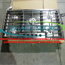 """Bosch Ngm5655Uc 36"""" Gas Cooktop 5 Burners (Knobs & Burner Covers not included)"""