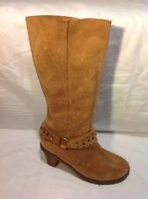 Fiore Leather Beige Mid Calf Suede Boots Size 4