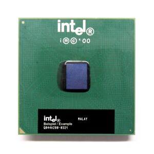Intel Pentium III SL44G 550MHz/256KB/100MHz FSB Prise/Socle 370 CPU