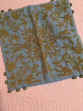 "POTTERY BARN Floral CREWEL Blue Green PILLOW Cover 18"" Square RARE"