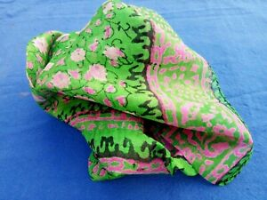 """100% PURE SILK HANDMADE INDIAN SQUARE SCARF 26""""x 26"""" with a FLORAL DESIGN £9.50"""
