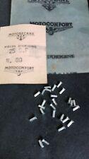 Lot de 25 Rivets, Neufs d'époque, Motobécane AV88, AV89, AV40, sigles de carter.