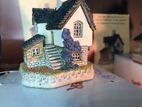 David Winter Cottages The Brickies One Signed Both Mint W/ Box And Coa. Rare