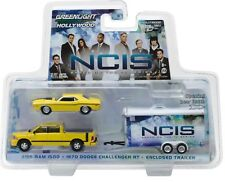 1:64 GreenLight *HITCH & TOW* NCIS 2015 Dodge Ram 1970 Challenger & Trailer NIP