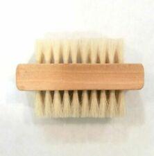 Cepillo para limpieza de uñas