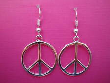 FUNKY SILVER PEACE SIGN EARRINGS RETRO KITSCH EMO LOVE FESTIVAL INDIE NOVELTY UK