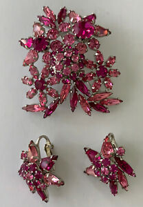 Vintage Sherman Fuschia Pink Stone Brooch And Matching Clip Earrings