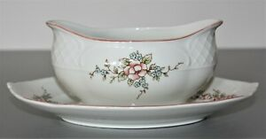 Villeroy & Boch Rosette Sauceboat 1teilig with Saucer Mint Vitro Porcelain