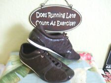 COACH KELLEE SATIN QUILTED CC LOGO  PATENT LEATHER  BROWN ATHLETIC SHOE SZ 9. 5
