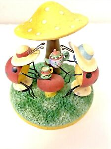 Our America By Yankee Candle Ladybugs Having Tea Under a Mushroom Candle Topper