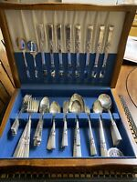 Oneida Community Morning Star 1948 Silver Plate 78 Pieces Flatware Set