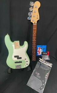 Fender Special Edition Deluxe PJ Bass, Seafoam Pearl Green, Free Stings, 2nd PG