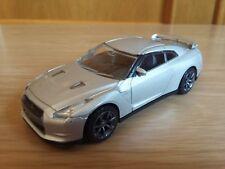 1/43 Nissan GTR  2009 1:43 Rastar
