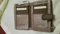 RRP$119.00 NEW Stunning Silver metallic Ziptop FOSSIL Leather Multi tab Wallet