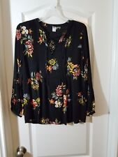 Women's Black pull over (OLD NAVY)Pintuck Lace-Yoke Swing Top for Women size S/P