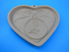 Pampered Chef Heart Doves Cookie Mold Peace on Earth Stoneware