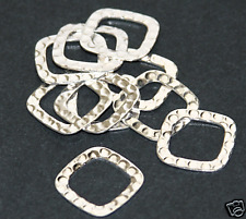 10 pcs of Silver plated hammered square link 17mm