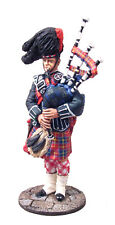 BRITAINS MUSEUM COLLECTION 10016 ROYAL EDINBURGH TATOO THE LOMNE PIPER MB