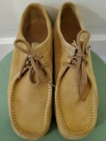 Wolverines Wallabee Style wheat Suede Utility Shoes Women's 9.5/Men's 7.5