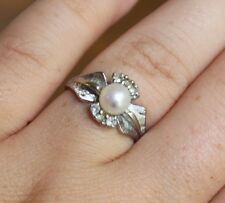 10k White Gold Pearl and White Accent Stones Ring Size 5 3/4
