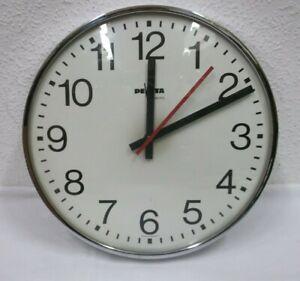 30s Design Wanduhr Peweta Hamburg Uhr elektrisch Glas Metall Bauhaus clock 80er