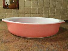 """Vintage flamingo pink salmon Pyrex #221 8"""" cake baking dish ovenware Nice"""