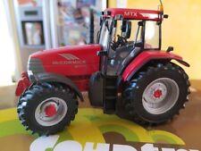 Universal hobbies tracteur Mc Cormick 1/43