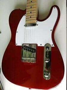 Chitarra elettrica Telecaster settata+tracolla fender+custodia fender.perfetta!