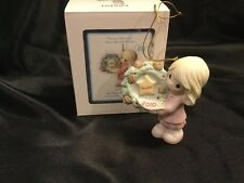 Precious Moments 2010 Ornament MIB 101002 Girl Holding Wreath My Hope Is In You