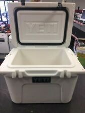 Yeti Roadie 20 Cooler (white)
