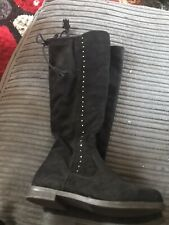 Girls Black Boots Size 1 NEW