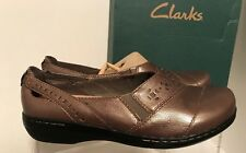 New Clarks Bendables Golden Leather Loafers  Slip On Ladies Shoes 10 M