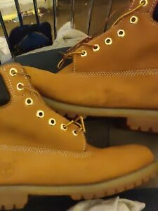 Timberland Premium Waterproof Men Boots Size 10.5 (Wheat Nubuck)