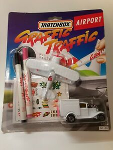 Matchbox Graffic Traffic Airport Gf150 RARE HtF NiCE diecast MOC 1:64 hot wheel