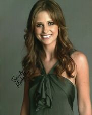 New listing Autographed Sarah Michelle Gellar signed 8 x 10 photo Cute