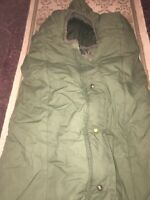 USMC Army Issue Intermediate Cold Sleeping Bag W/ Hood Mummy Style Excellent Con