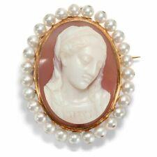 Antike Brosche & Anhänger, um 1870: Gold Perlen Lagenstein Gemme Achat, Madonna